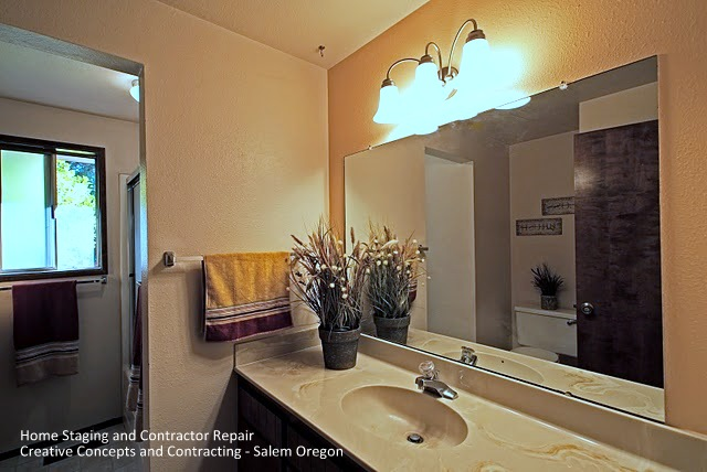 Updating Bathroom Vanity Lighting Tips for Home Sellers Home Staging : Creative Concepts and ...
