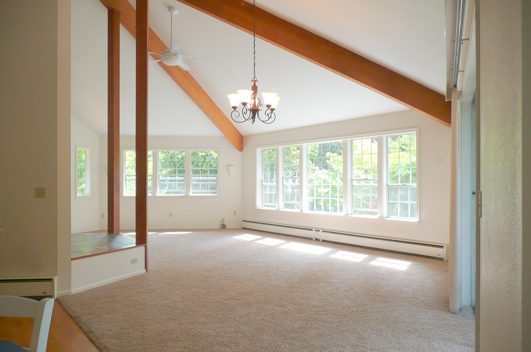 huge rooms can overwhelm buyers