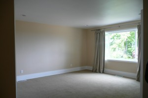 Highlight room sizes in listing photos
