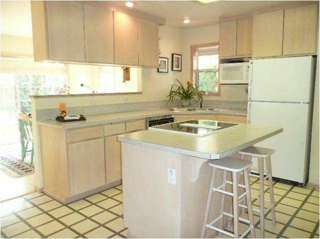 kitchen painted shows beautifully